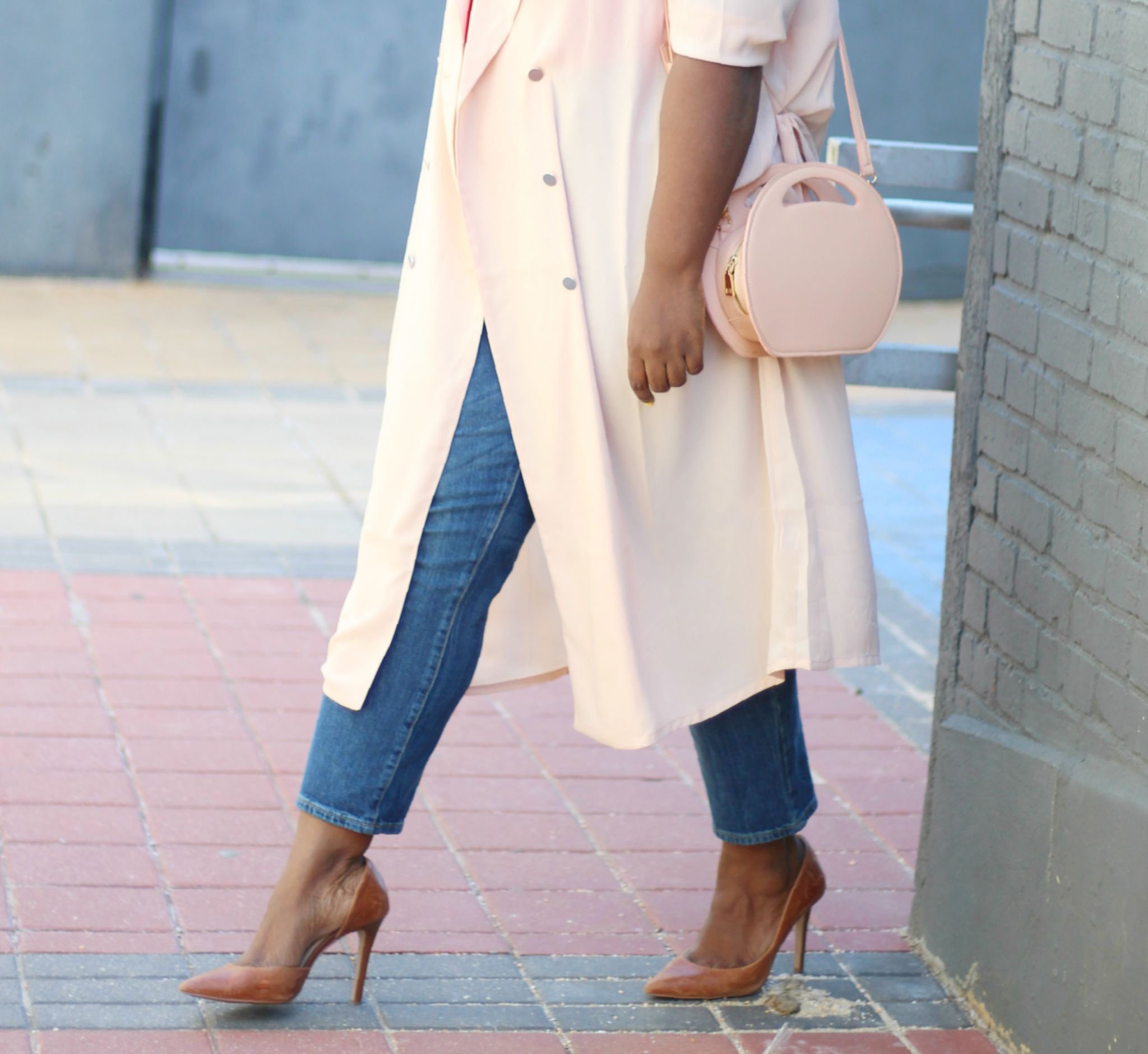 spring staples plus-chiffon trench outfit