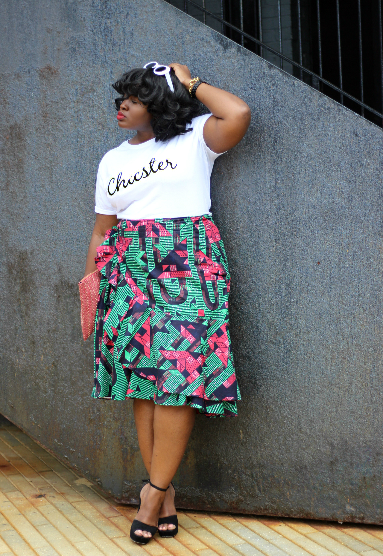 ruffle skirt chicster tee summer outfit III