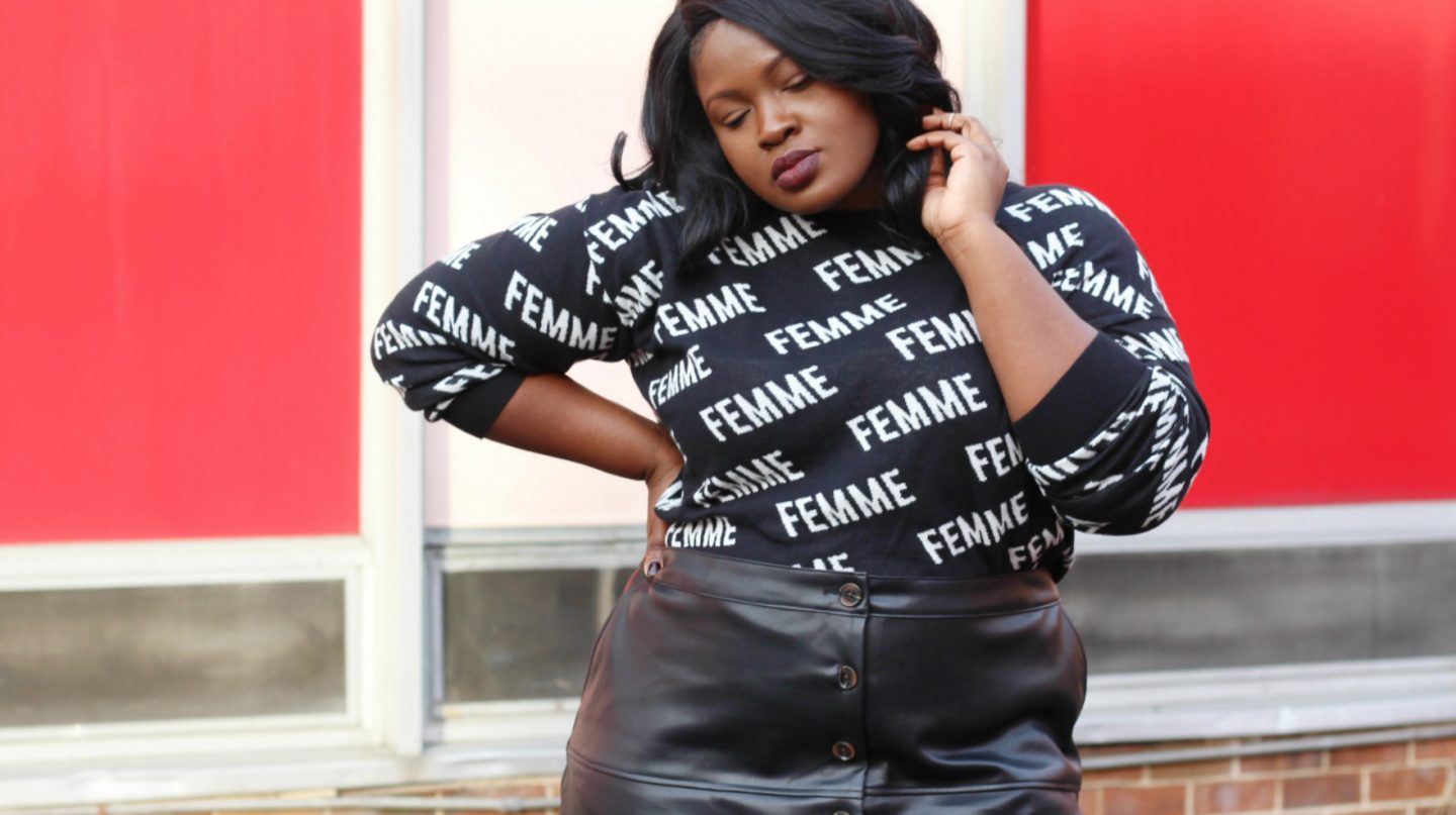 how to wear a leather skirt plus size