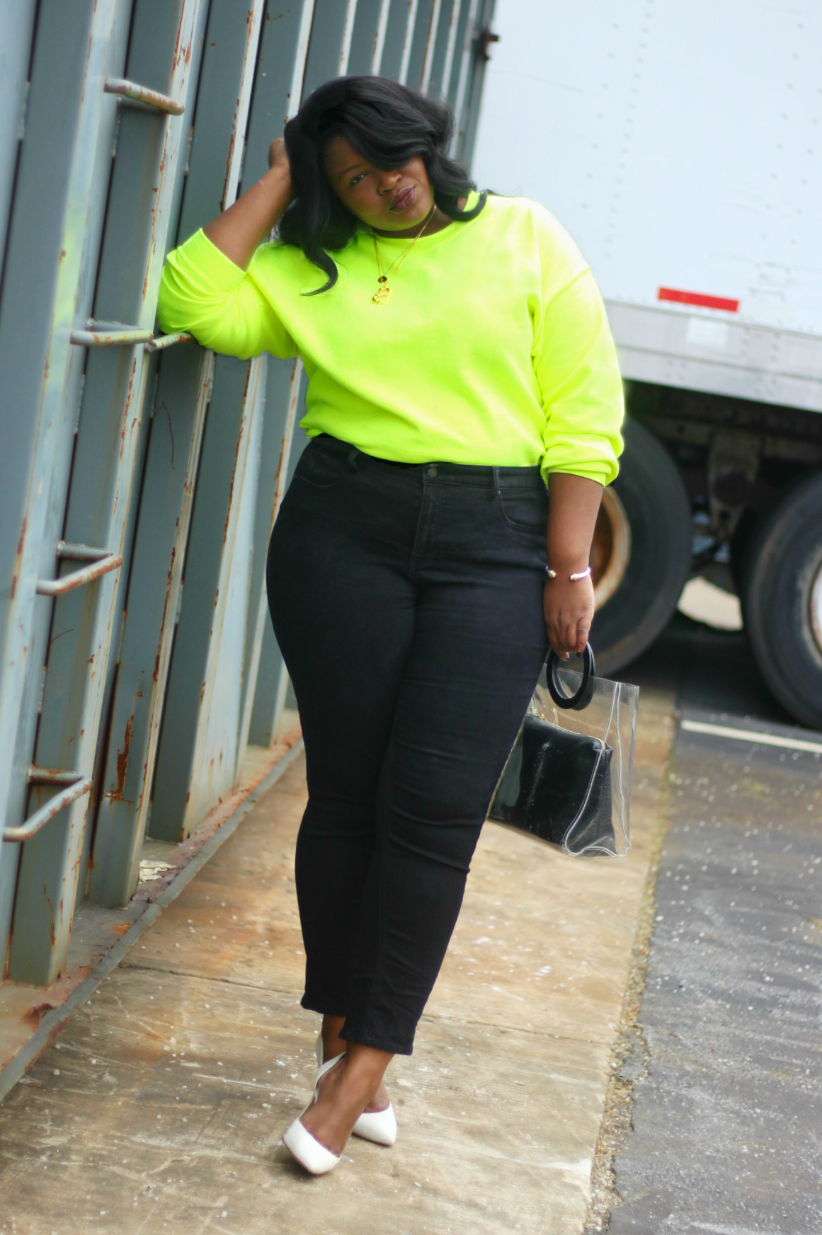 neon outfit spring I