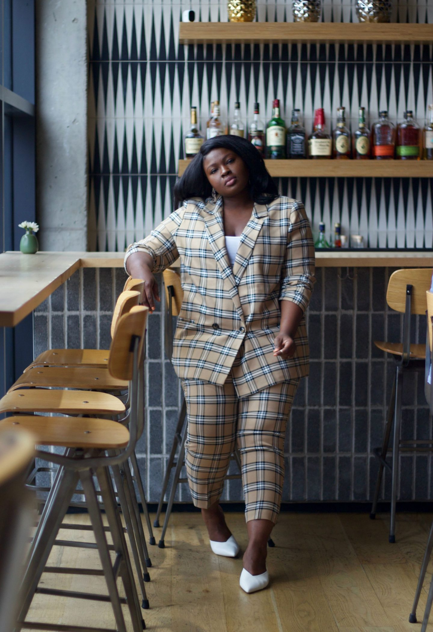 get-that-raise-with-these-hacks-summer-plus-size-work-wear-outfit-idea