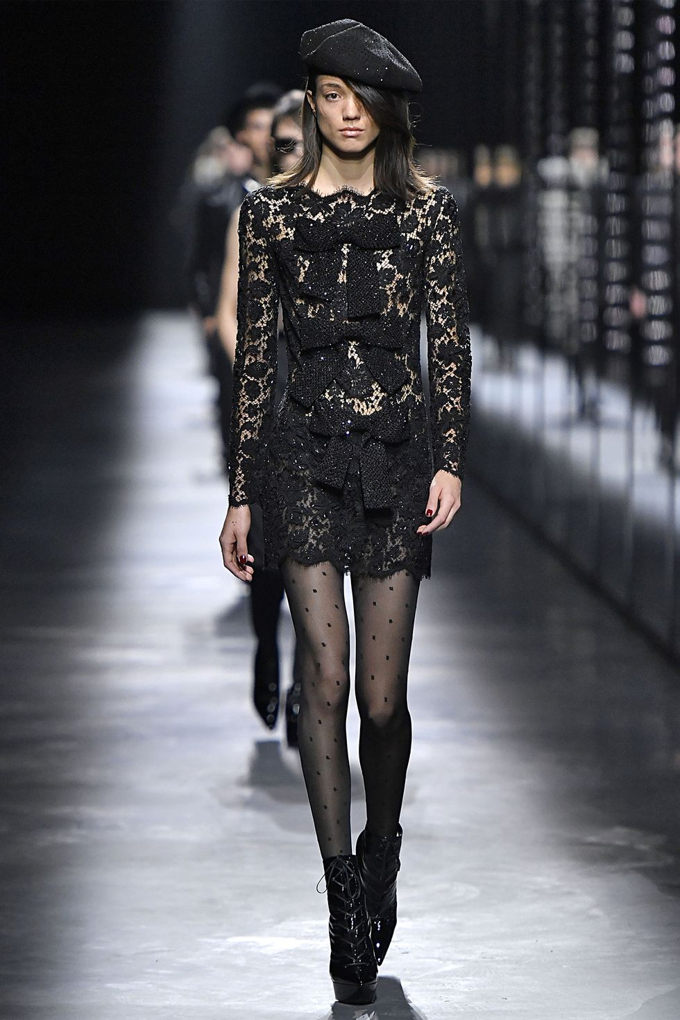 7-2019-Fall-Trend-lace
